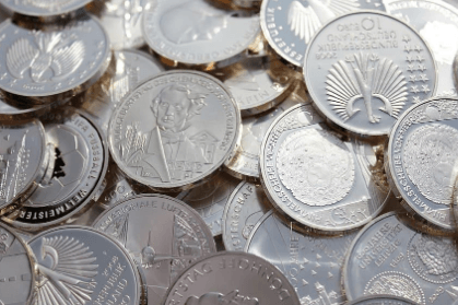 Commodity Trading: 4 Surprising Reasons for Trading Silver